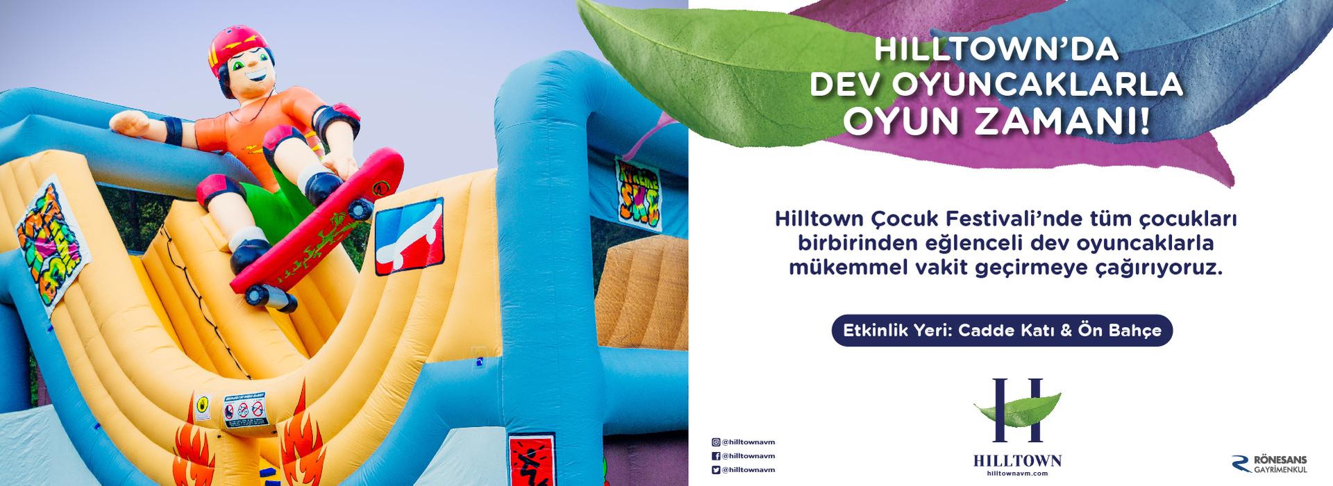 Hilltown'da Dev Oyuncaklarla Oyun Zamanı